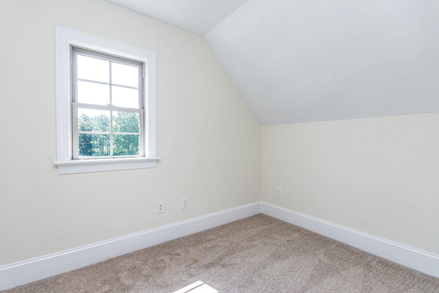 Magnolia Bonus Room